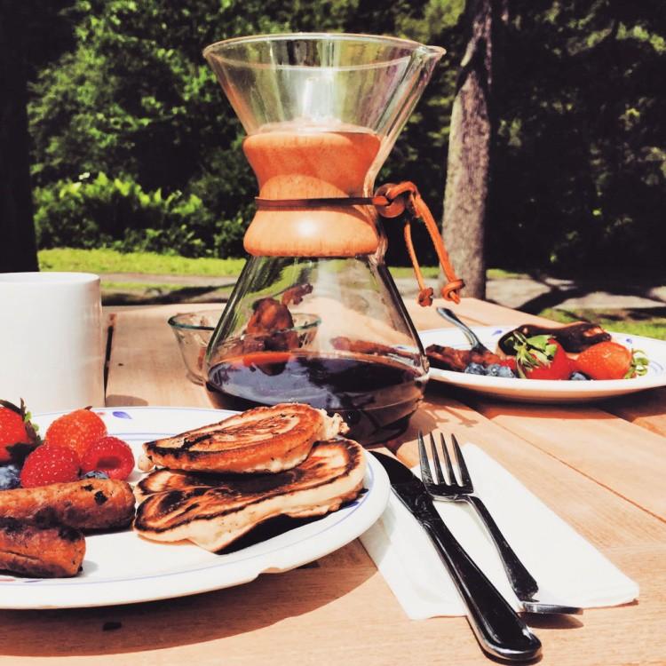 natural lifestyle gift ideas like chemex coffee